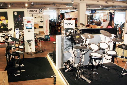 MusicStore-MusicStoreShop:/department-footer/Drums-3.jpg