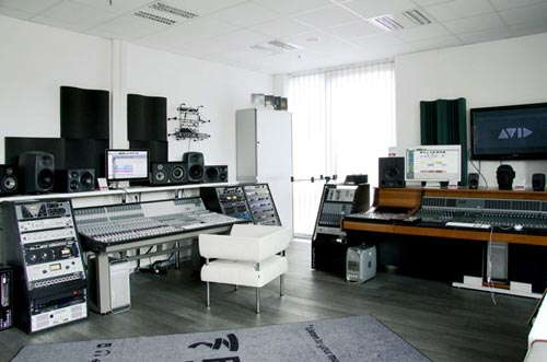 MusicStore-MusicStoreShop:/department-footer/ProAudio-1.jpg